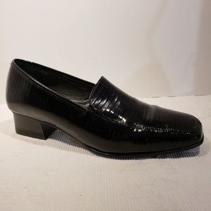 Ara Germany Classic Black Patent Leather Pumps